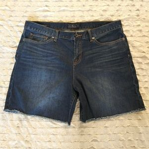 Lucky brand blue jean shorts size 12 / 31